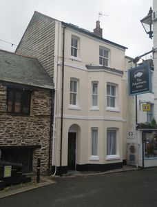 Foam Cottage in the heart of Looe Cornwall