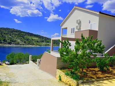 Photo for Luxury three bedroom-apartment with balcony and sea view Babic in Sevid