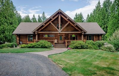Photo for A Log Home Near PDX and ilani Casino