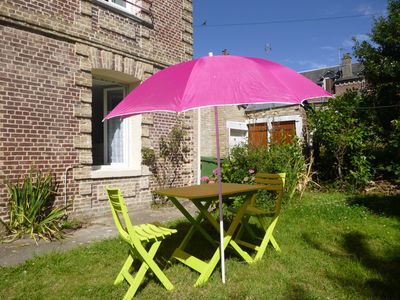 Photo for Apartment 32m ², WIFI, parking, garden + barbecue + shed for storing bicycles