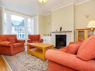 Photo for UP TO 20% OFF Spacious Four Bedroom Apartment in Crouch End, Sleeps 8 (Veeve)