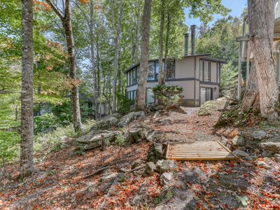 Photo for Cozy slopeside home with a fireplace, walking distance from the ski lodge