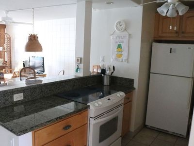 Photo for Upper West Maui Oceanfront Condo