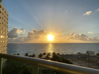 Photo for Fantastic Seafront Condo in Hollywood Beach!