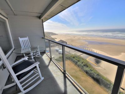 Photo for Ocean Front Condo in Nye Beach! Excellent Lighthouse Views, Shopping & More!
