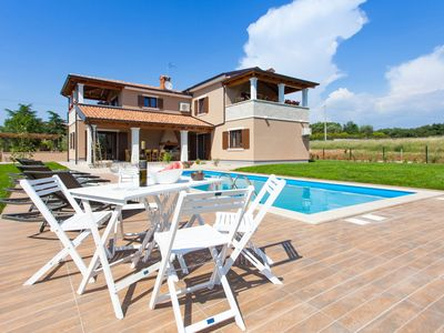 Photo for Rustic villa with private pool in the Istrian inland, 15km from the sea, WiFi