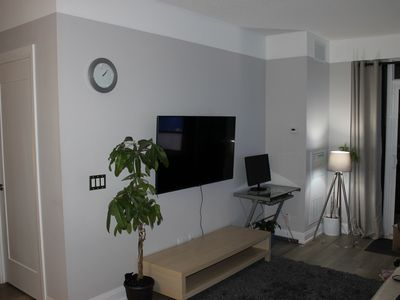 Photo for Modern  1 bedroom condo, with lake & city view, FREE PARKING
