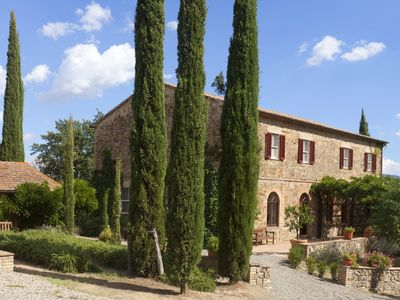 Photo for Beautiful Tuscan Villa with Large Pool, Stunning Views and Experienced Staff