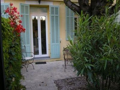 Photo for Apartment 3 minutes from the beach with private garden