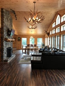 Beautiful Private Retreat only 25 miles from Beautifull Lake Cumberland.