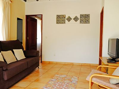Photo for Wisteria - 2 bedroom apartment with use of pool