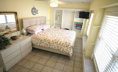 Photo for Lido Key Villas - Beautiful 1 BR Villa Across from the Beach!