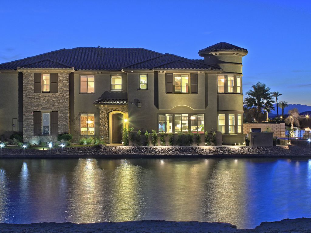 Palm Springs Area Vacation Rental Lakeside At Terra Lago