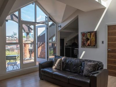 Photo for Amazing Spacious 2 Bed Duplex Penthouse w/ Balcony