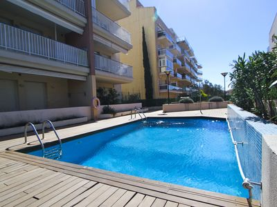 Photo for BAU with communal pool. Beach at 400m