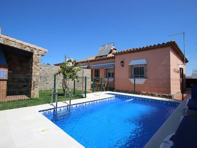 Photo for nice house with private pool, near to Conil's centre, for 4 persons, with wifi