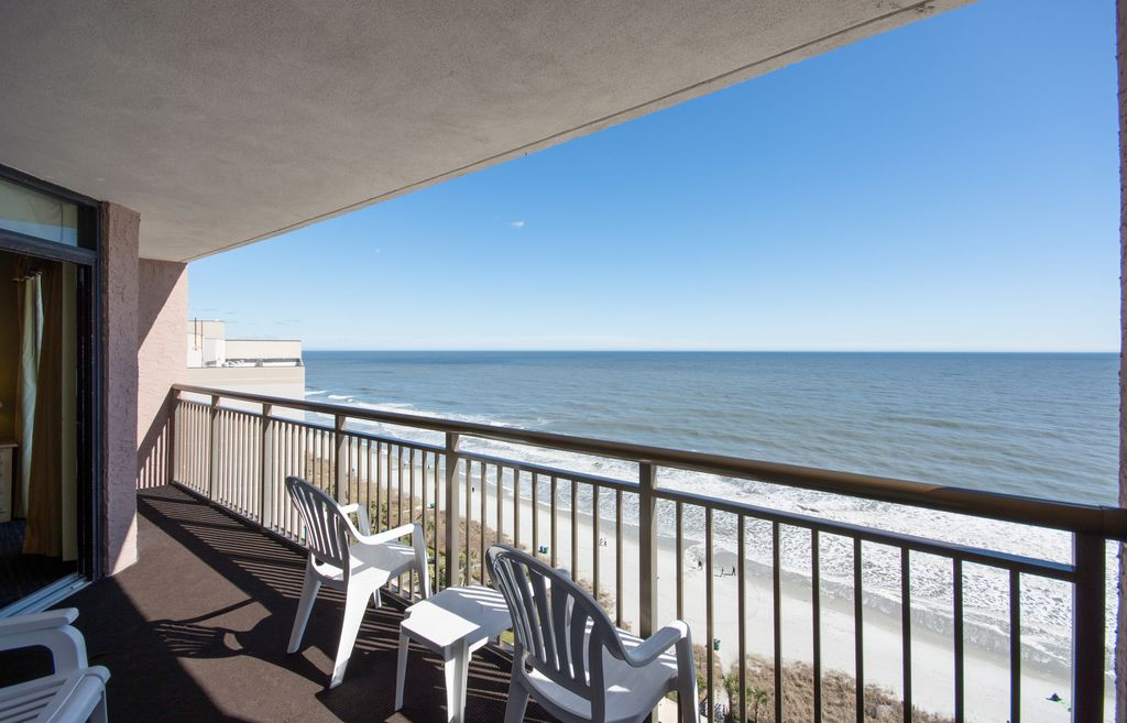 come and enjoy your family vacation in our vrbo Beach House with Private Pool North Myrtle Beach