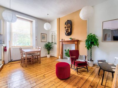 Photo for Ideal Location! Stylish Old Town Apt by Royal Mile