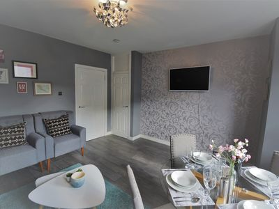 Photo for Signature - Howard Place Paisley