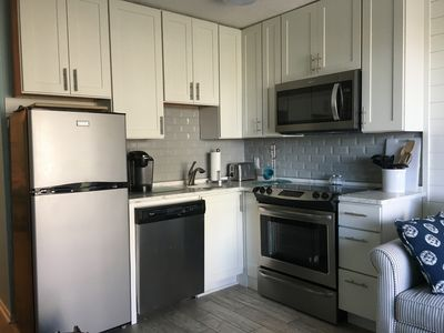 Photo for Clean, Renovated Condo on the Beach, w/Elevator, Wifi, Covered Parking