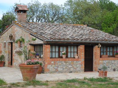 Photo for Romantic detached cottage in a farmhouse