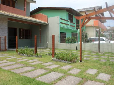 Photo for Beautiful house in Garopaba 3 q, in the center near the beach, Barbecue and Wif