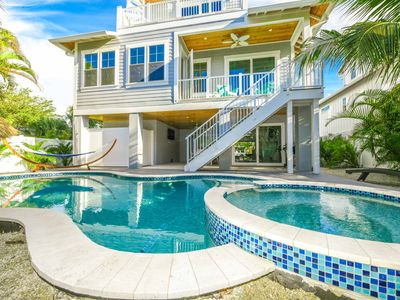 Photo for Gorgeous 4 bedroom Beach House with a private pool/spa! Bonus loft for kids!