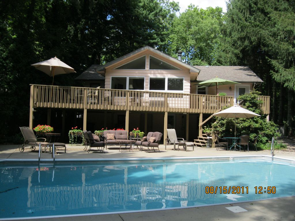 House with pool 3 weeks left summer 2018 homeaway - Summer house with swimming pool review ...