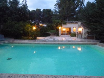 Photo for L'Isle sur la Sorgue: 400 m², pool, pool house, 5000 m² park