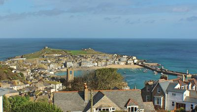 Photo for 2 Bedroom 2 Bathroom  Apartment With Panoramic Views Of St Ives, WIFI, parking