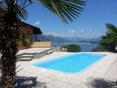 Photo for Cassandra holiday flat with pool and lake view