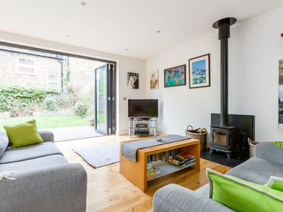 Photo for Spacious 2 bed family home in Kilburn with garden