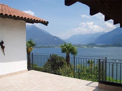 Photo for Holiday apartment Nonna Marisa with garden and with a magnificent view over Lake Como