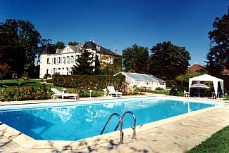 Photo for Château, 5 En-suite Bedrooms, Big private Pool,  4.5 ha park and Lake to catch f