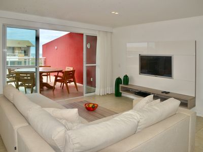 Photo for Luxurious penthouse with 2 suites, living room, balcony, jacuzzi and barbecue