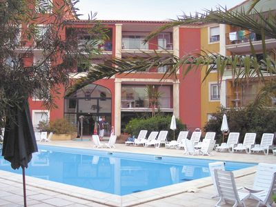 Photo for Cosy apartment in a residence with swimming pool and sauna near the beach