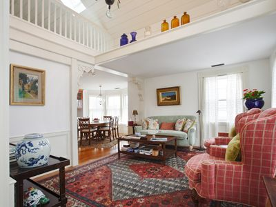 In Town-Beautifully Restored & Decorated Private Flat