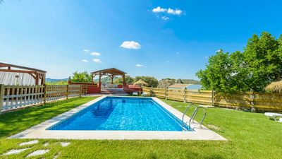 Photo for Fantastic holiday home for groups with big garden