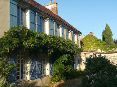 Photo for 17th century house with character: renovated in 2012, fenced garden, Paris 1 h30