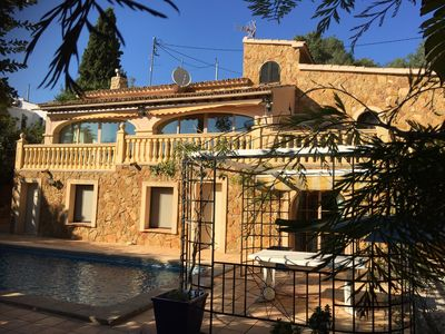 Photo for Beautiful Spanish villa, very private, tropical garden with private pool near the sea