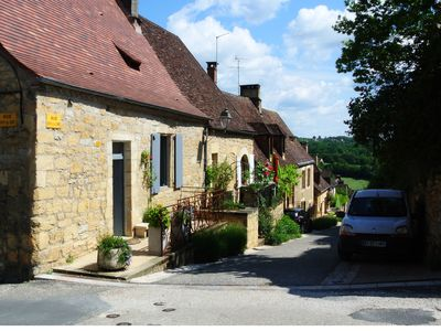 Photo for Charming 15th Century 3 Bedroom Stone  Cottage