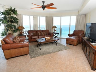 Photo for Incredible corner condo! Beautiful sunrise views! Free DVD rentals! Starbucks on-site!