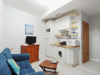 Photo for Cozy, Refurbished Studio With Single Bed & Double Sofa Bed SAG1IN2
