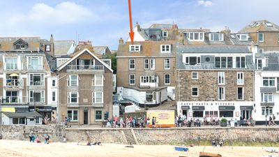 Photo for Harbour Beach Cottage is on the sea front at St Ives harbour, beautiful views from bedrooms and living room. Free WiFi