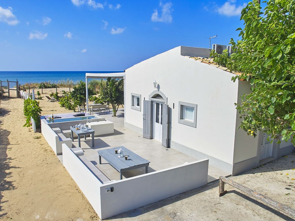 The shoresound maison de charme marza beach 0 meters from the beach