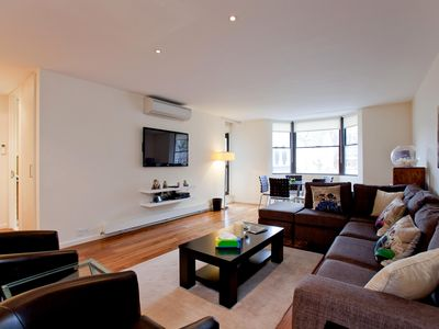 Photo for Luxury Apartment with AC, 1 min from Kensington Tube- 3 min from Hyde Park