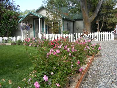 Photo for 1BR Cottage Vacation Rental in Palisade, Colorado