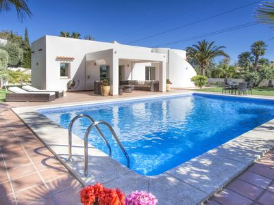 Photo for Beautiful private villa for 6 guests with A/C, WIFI, private pool, TV and parking