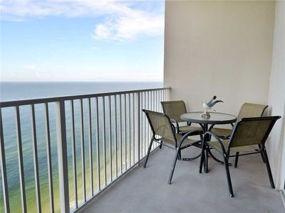 Photo for Tidewater 2607, 1 Bedroom, Beachfront, WiFi, Pool, Sleeps 6