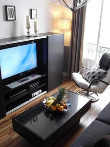 "Livingroom with 42""Full HD TV french balcony and panoramic Monaco & Sea View"